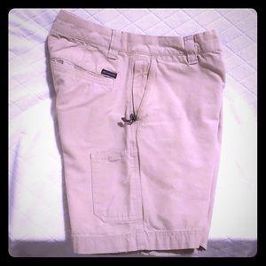 Columbia kaki shorts